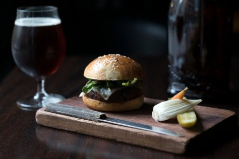 veggie_burger_nomad_bar
